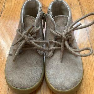 Gap Desert Field Boots